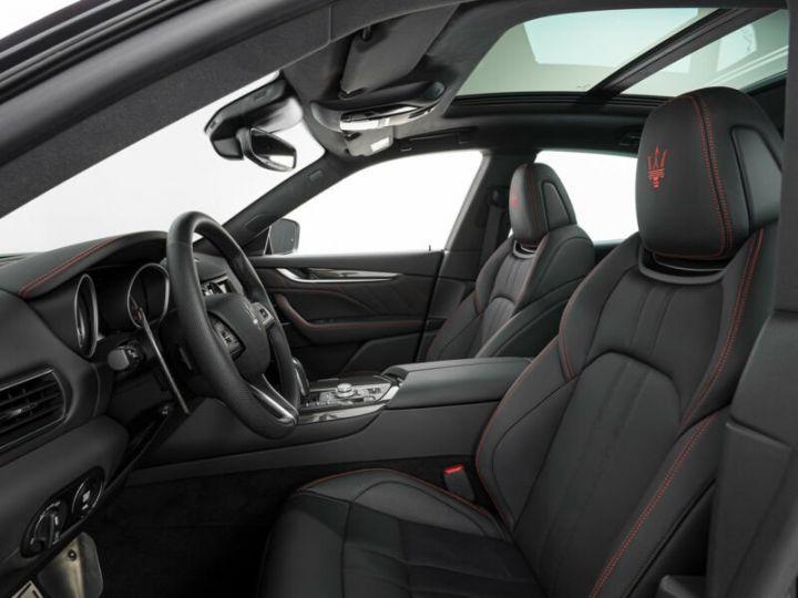 Maserati Levante LEVANTE GTS MALUS INCLUS noir métallisé  - 5