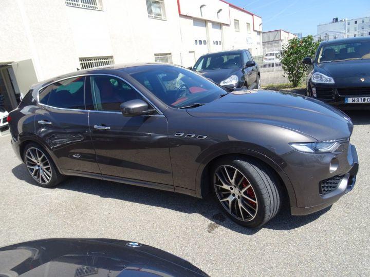 Maserati Levante LEVANTE S Gransport SQ4 3.0L V6 430Ps/Echap Sport  Jts 21  Harman Kardon  LED  gris anthracite métallisé - 5