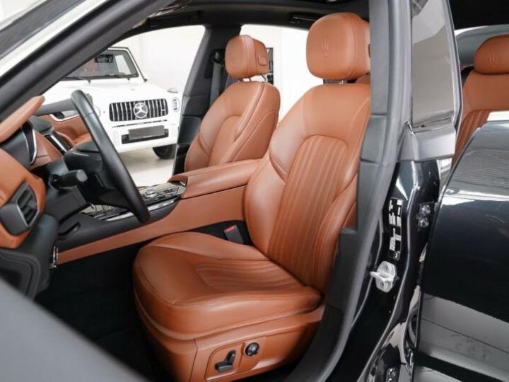 Maserati Levante Maserati Levante 3.0 V6 275 Cv/1ere Main/ToitPanoramique/Garantie 12 Mois noir - 2