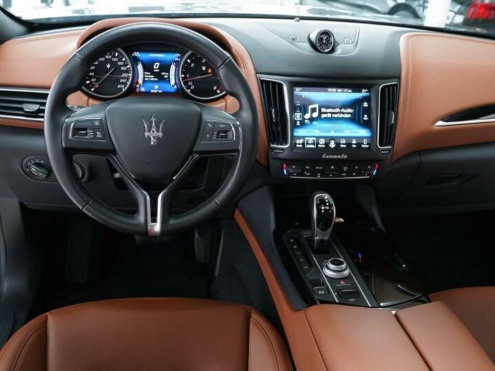 Maserati Levante Maserati Levante 3.0 V6 275 Cv/1ere Main/ToitPanoramique/Garantie 12 Mois noir - 10