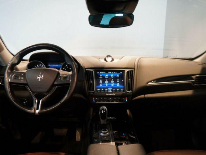 Maserati Levante Maserati Levante 3.0 V6 430 SQ4/TOIT PANORAMIQUE/GPS/GARANTIE 12 MOIS/ Noir - 9