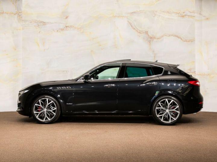 Maserati Levante Maserati Levante 3.0 V6 AWD GranSport noir - 2