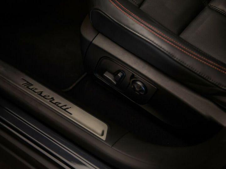 Maserati Levante Maserati Levante 3.0 V6 AWD GranSport noir - 6