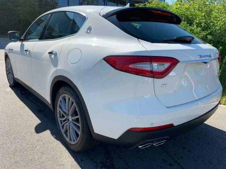 Maserati Levante Maserati Levante Q4 Diesel  blanc  - 7