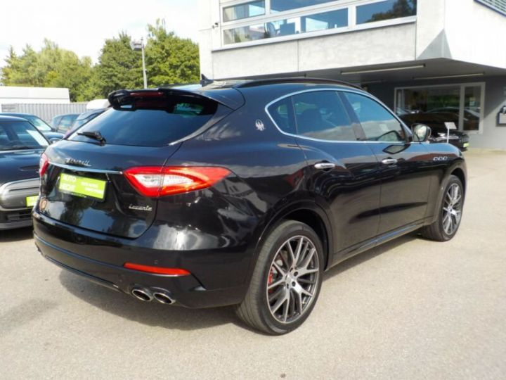 Maserati Levante Maserati Levante Sport, 21 pouces, Toit PanoramIque, Garantie 12 Mois  Noir - 3