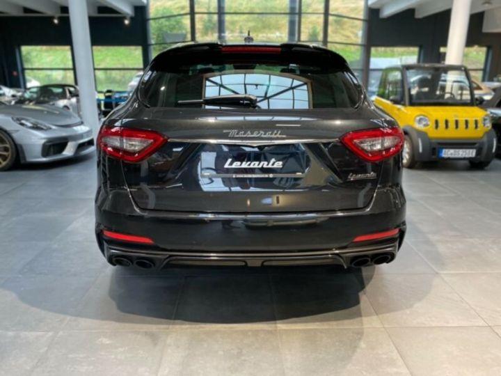 Maserati Levante Maserati Levante Trofeo, V8,Carbone, 22 * malus inclus *  noir metallisé - 6