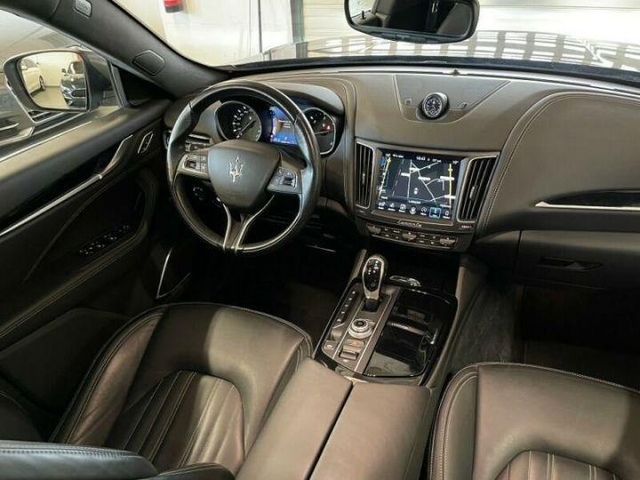 Maserati Levante Maserati Levante V6 Diesel 275 cv / Pano / K360° / KeyGO / HarmanK Garantie 12 Mois Gris  - 2