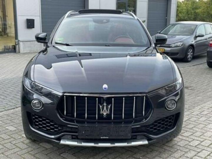 Maserati Levante  S / GranSport 3.0D Q4 / Toit Panorama / Garantie 12 mois  Noir métallisée  - 9