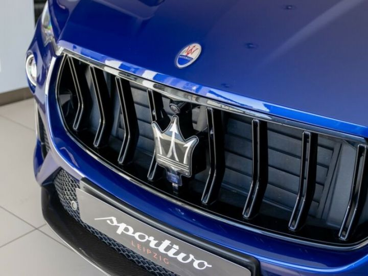 Maserati Levante TROFEO Q4 MALUS INCLUS bleu  - 3