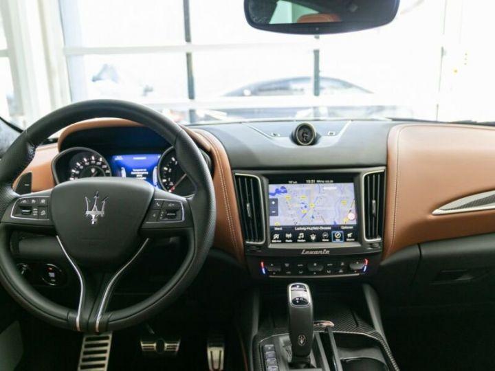 Maserati Levante TROFEO Q4 MALUS INCLUS bleu  - 11