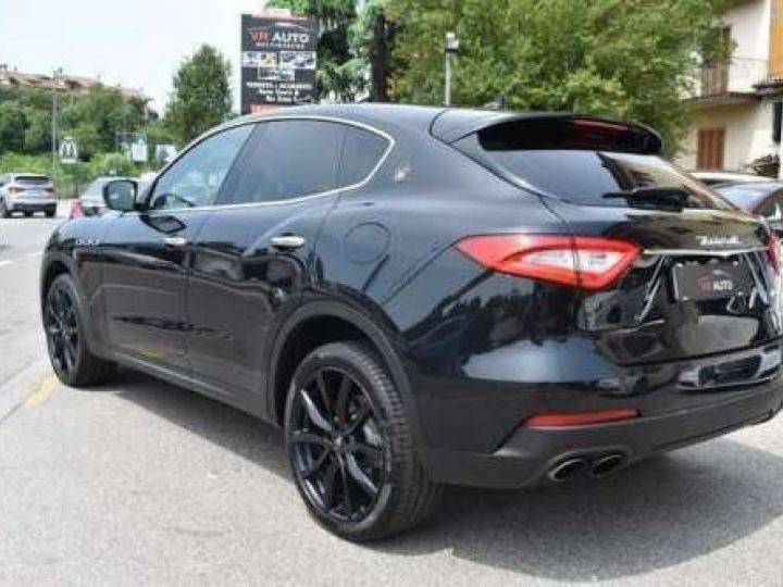 Maserati Levante  V6 Diesel 275 CV AWD FULL OPTION / GPS / TOIT OUVRANT / GARANTIE 12 MOIS Noir métallisée  - 4