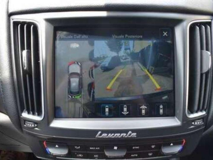 Maserati Levante  V6 Diesel 275 CV AWD FULL OPTION / GPS / TOIT OUVRANT / GARANTIE 12 MOIS Noir métallisée  - 10