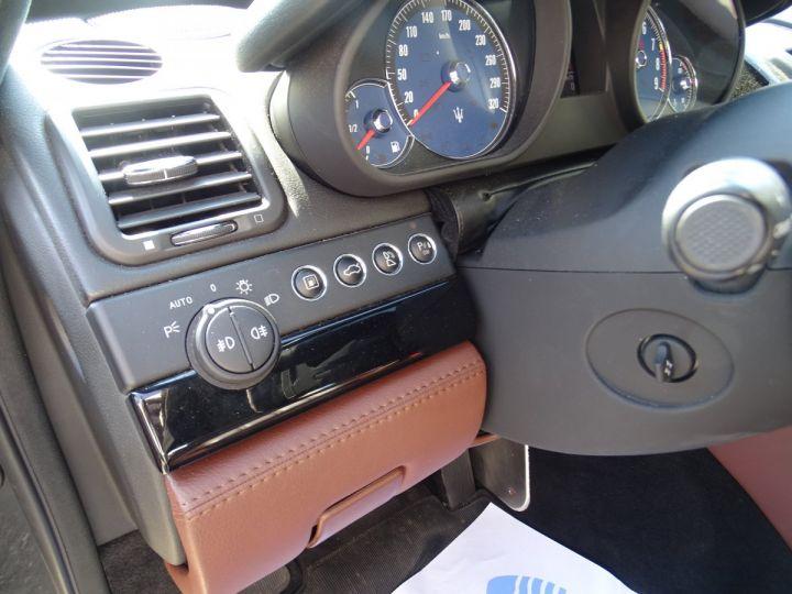 Maserati Quattroporte 4.2L 400Ch Phase 2 BVA ZF/ Full options Echappement Sport  Toe Palettes au volant .... gris anthracite métallisé - 13