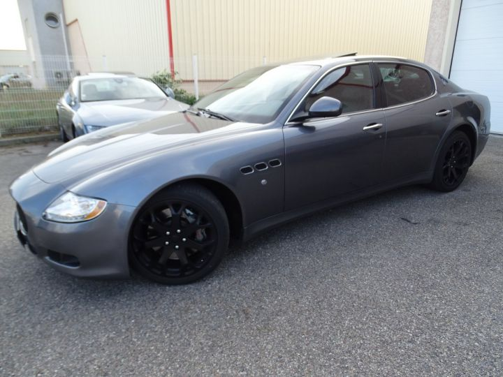 Maserati Quattroporte 4.7L 430PS BVA ZF / FULL Options gris anthracite métallisé - 3