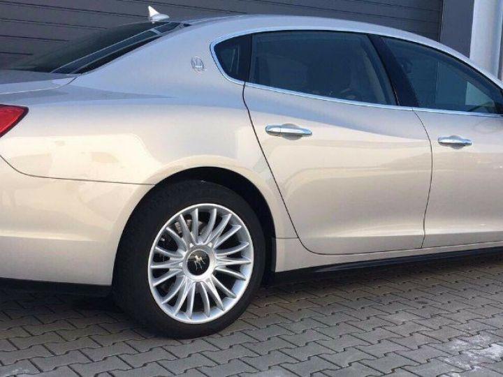 Maserati Quattroporte  VI (2) 3.0 V6 S Q4 410 (07/2014) Toit ouvrant Gris/Champagne métal - 6