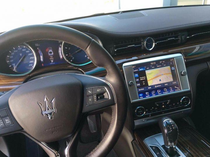 Maserati Quattroporte  VI (2) 3.0 V6 S Q4 410 (07/2014) Toit ouvrant Gris/Champagne métal - 8