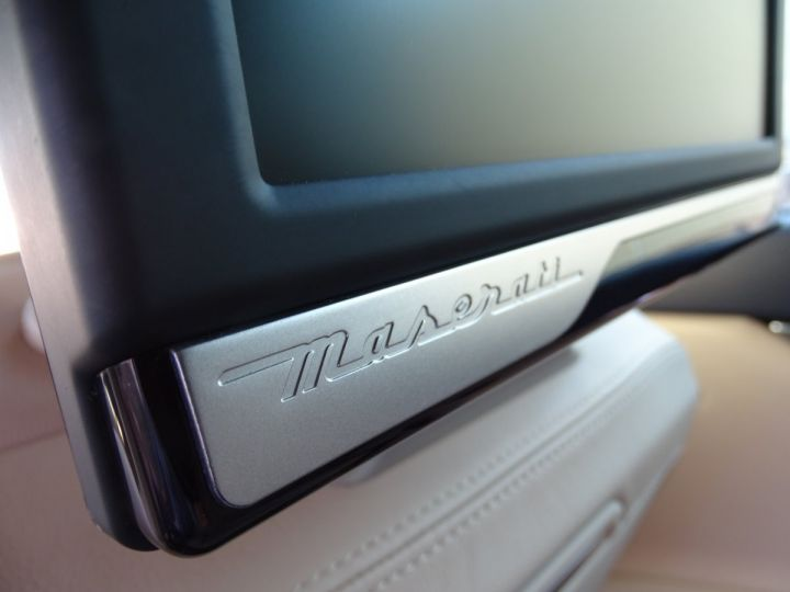 Maserati Quattroporte VI 3.8 V8 530 SPORT GTS AUTOMATIQUE/ DVD Jtes 20 PDC + Camera  bleu métallisé  - 19