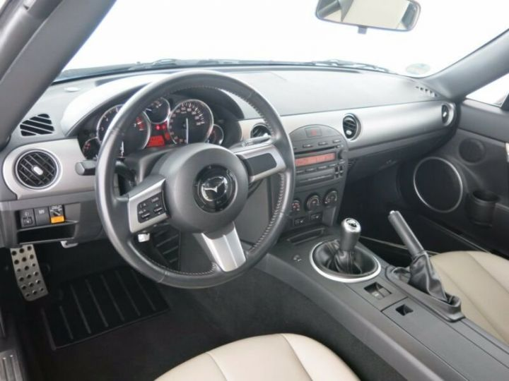 Mazda MX-5 1.8L Mithra noir festival - 6