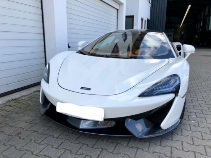 McLaren 570 GT BLANC - 2