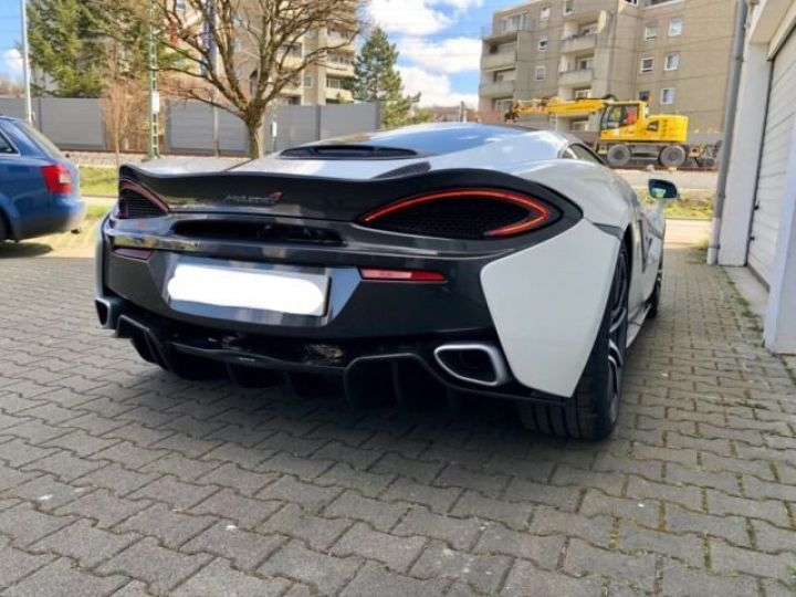 McLaren 570 GT BLANC - 5