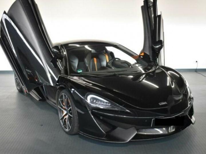 McLaren 570S Onyx Black - 1