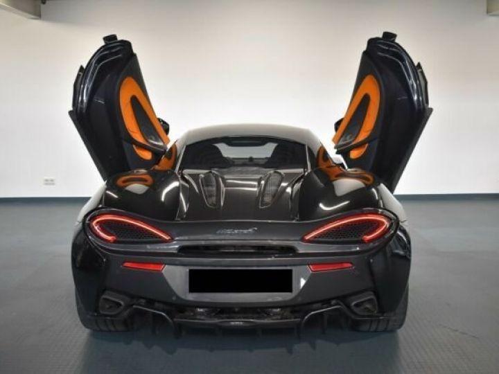 McLaren 570S Onyx Black - 10