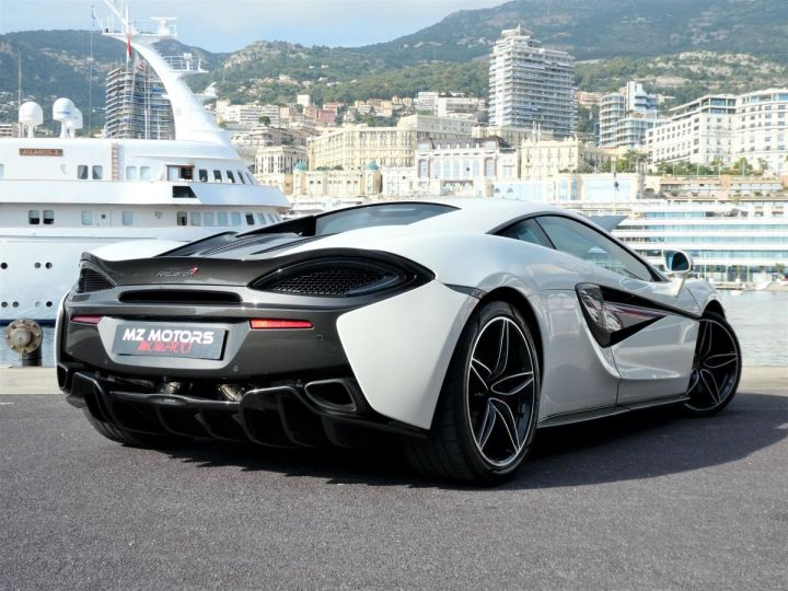 McLaren 570s 3.8 V8 Blanc Vendu - 8