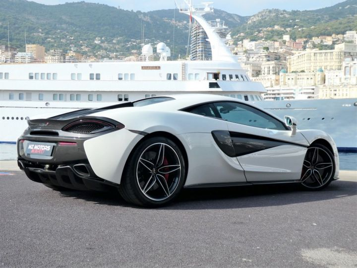 McLaren 570s 3.8 V8 Blanc Vendu - 9