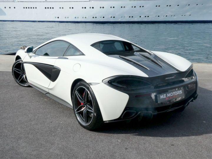 McLaren 570s 3.8 V8 Blanc Vendu - 12