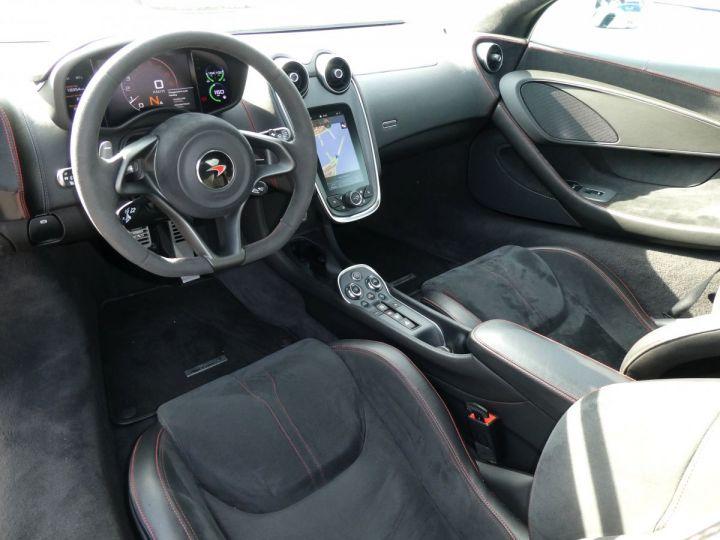 McLaren 570s 3.8 V8 Blanc Vendu - 18