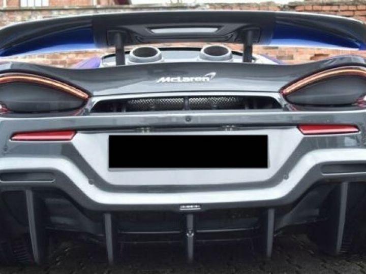 McLaren 600LT Vega blue - 7