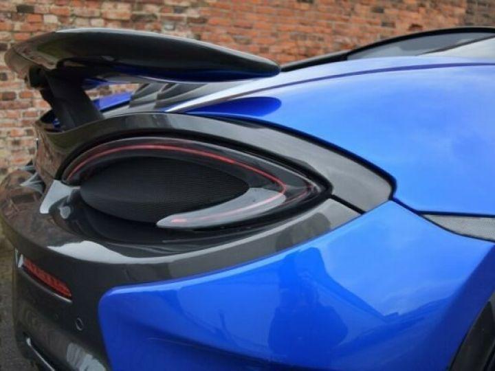 McLaren 600LT Vega blue - 11