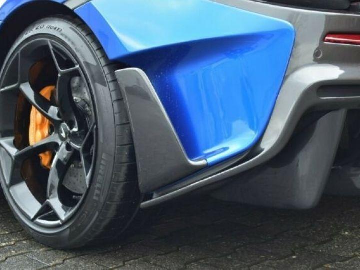 McLaren 600LT Vega blue - 13