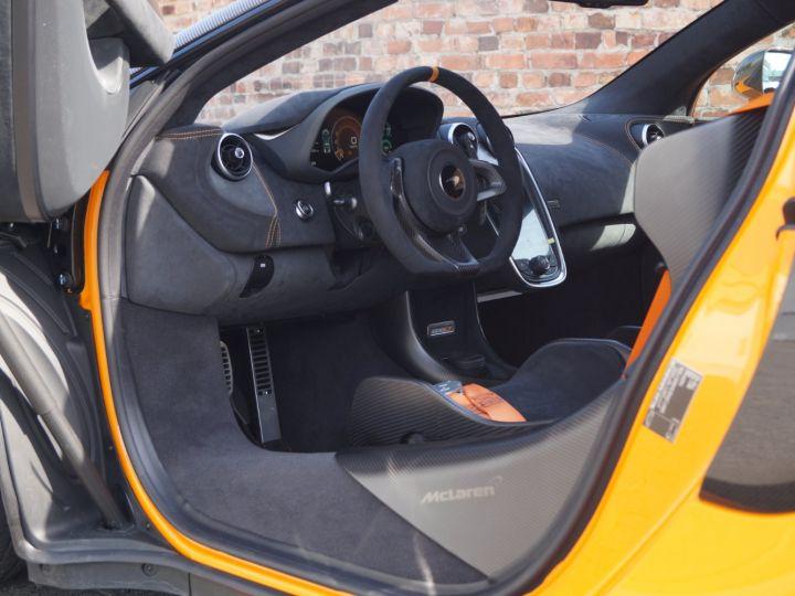 McLaren 600LT McLaren 600 LT MSO Roof Scoop Orange - 2