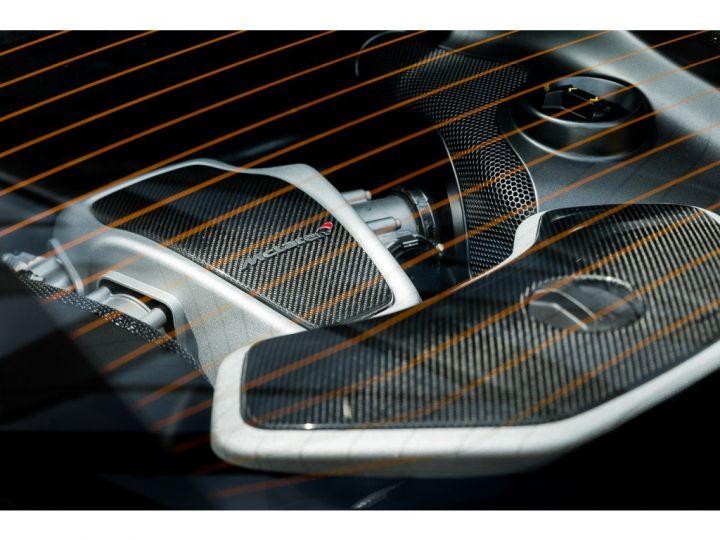 McLaren 650s FULL CARBON JAUNE - 13
