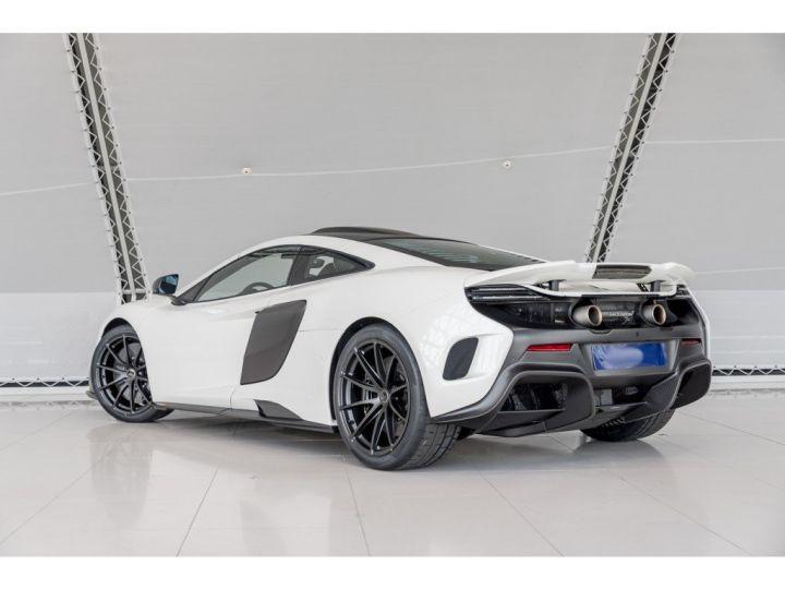McLaren 675 LT BLANC - 15