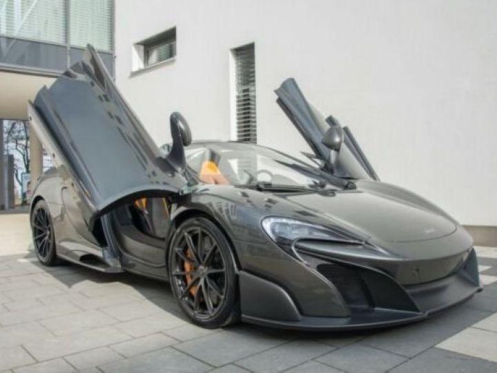 McLaren 675LT 1 of 500#Pack carbone Storm Grey métal - 1