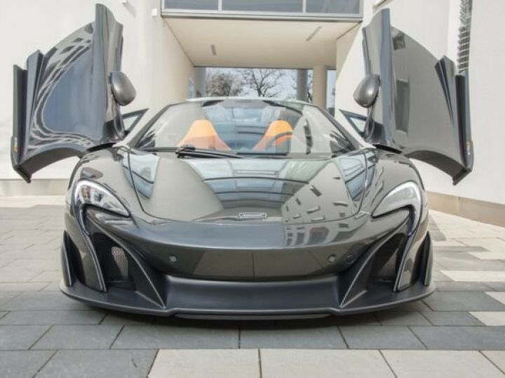 McLaren 675LT 1 of 500#Pack carbone Storm Grey métal - 2