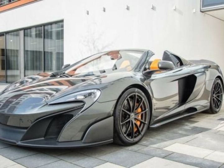 McLaren 675LT 1 of 500#Pack carbone Storm Grey métal - 3