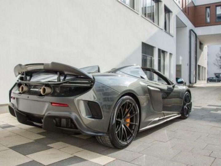 McLaren 675LT 1 of 500#Pack carbone Storm Grey métal - 4
