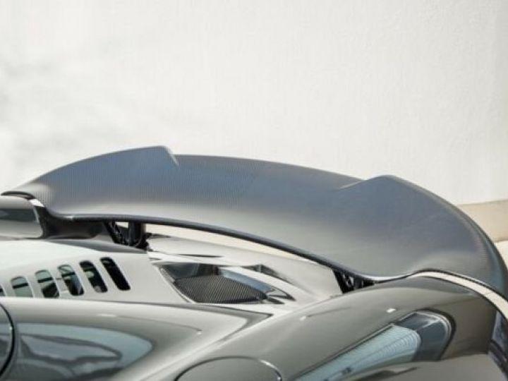 McLaren 675LT 1 of 500#Pack carbone Storm Grey métal - 9