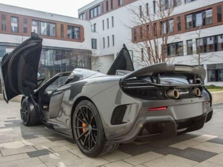 McLaren 675LT 1 of 500#Pack carbone Storm Grey métal - 11
