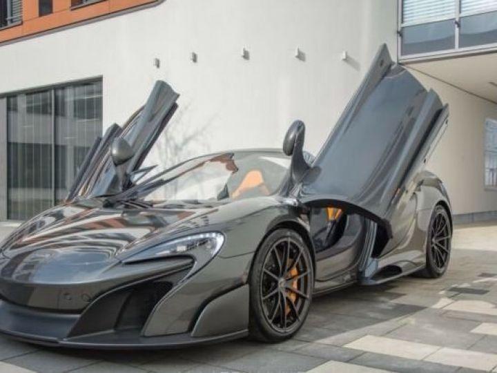 McLaren 675LT 1 of 500#Pack carbone Storm Grey métal - 12
