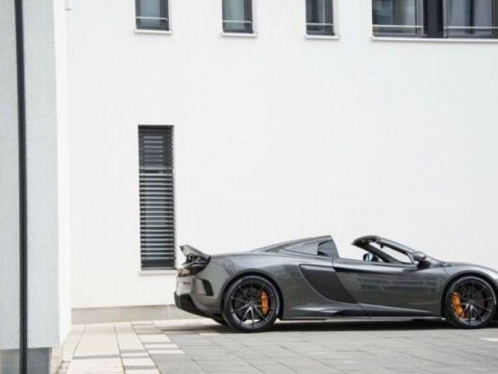 McLaren 675LT 1 of 500#Pack carbone Storm Grey métal - 16