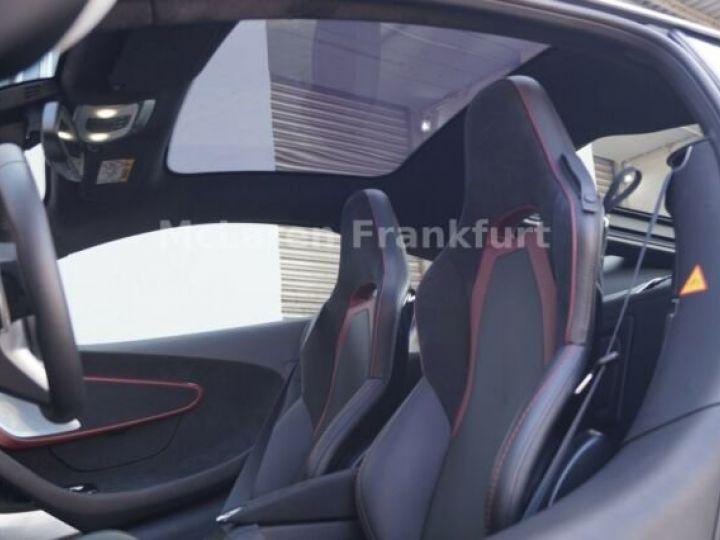 McLaren GT Quarz métal - 12