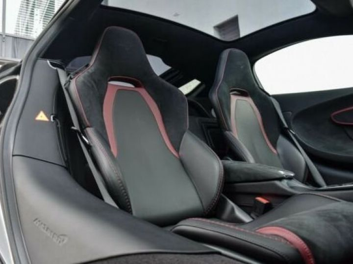 McLaren GT NEW GT Black Ingot métal - 13
