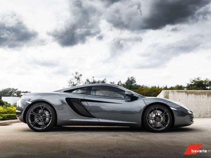 McLaren MP4-12C gris graphite métallisé - 7