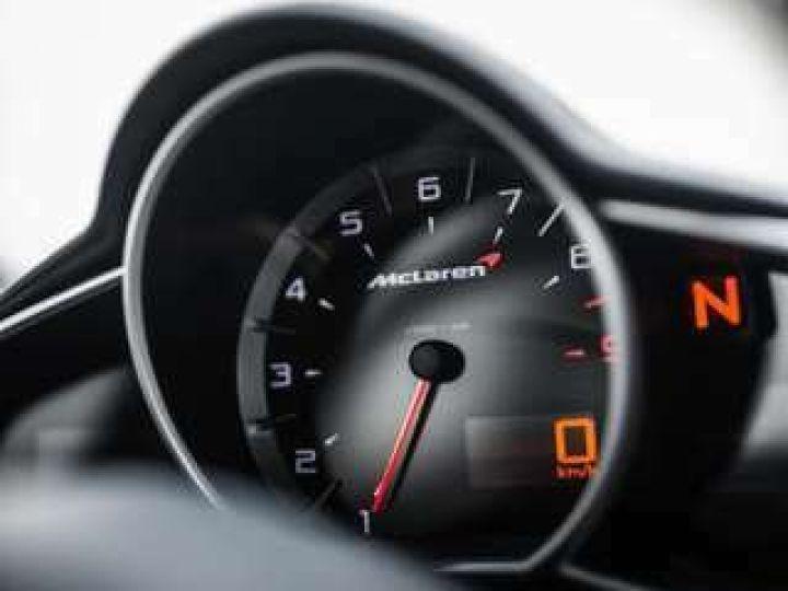 McLaren MP4-12C gris graphite métallisé - 11