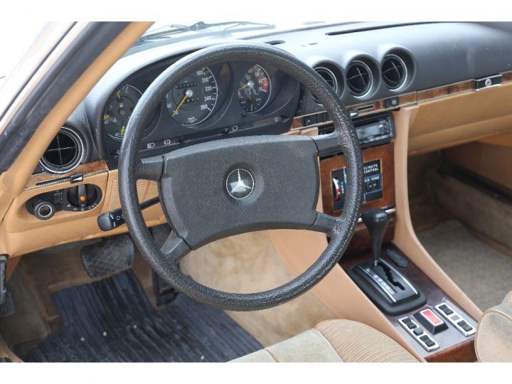 Mercedes 500 V8 W107 Blanc - 9