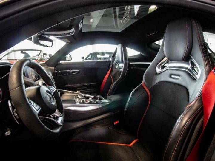 Mercedes AMG GT 4.0 V8 462 Noir métallisé Unilack - 9
